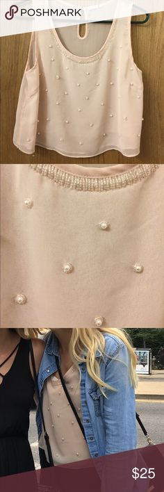 Chiffon beaded crop in great condition! Beaded collar cream chiffon crop with pearl beads. Large but fits like a medium. Great condition. Soprano Tops Crop Tops