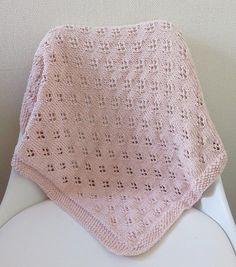 Baby Blanket de Clara - Tricot et crochet Free Baby Blanket Patterns, Crochet Blanket Patterns, Baby Blanket Crochet, Baby Knitting Patterns, Crochet Stitches, Crochet Baby, Owl Blanket, Cable Knit Blankets, Knitted Baby Blankets