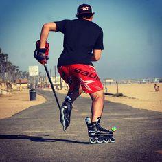 #BauerHockey et #MissionHockey sur les plages de Californie // Bauer and Mission Hockey on the California Beach. Preety Shot #BauerFrance