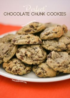 """""""Perfect"""" Chocolate Chunk Cookie Recipe   Annie's Noms"""