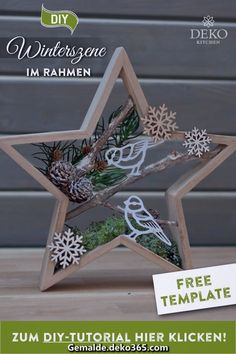 DIY: pretty Christmas decoration with winter scenes in star frames- Star wreath - Christmas Wood Crafts, Diy Christmas Gifts, Christmas Art, Christmas Projects, Vintage Christmas, Christmas Holidays, Christmas Decorations, Christmas Ornaments, Decoration St Valentin
