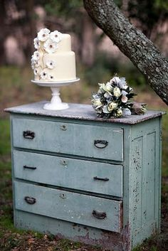 Vintage shabby chic furniture as wedding decor along with the cake and bouquet - so gorgeous #wedding #cake #weddingcake #vintage #rustic
