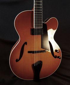 Benedetto Bravo Electric Guitar