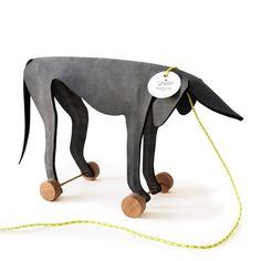leather pull toy made by Ellen Heilmann and Kathrin Schumacher