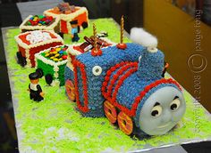 Thomas train cake...may end up being Lily's 3rd birthday party theme. Train obsessed!!