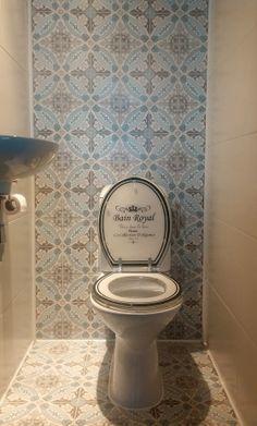 1000 images about idee n voor nieuw toilet on pinterest toilets tassels and met for Deco tegel wc
