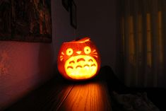 Totoro'lantern | 15 Pop Culture Jack O'Lanterns That You Wish You Made Yourself