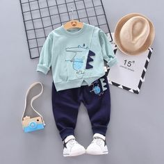 Trouser Outfits, Pants Outfit, Outfit Sets, Baby Boy Tops, Baby Boys, Boys Winter Clothes, Cute Baby Boy Outfits, Baby Boy Clothing Sets, Tracksuit Pants