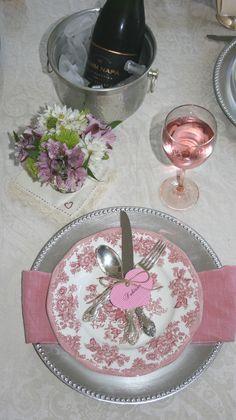 romantic <3 table