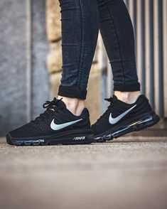 new style d791c 32bd6 Nike Air Max 2017 BlackWhite-Anthracite Clothing, Shoes Jewelry  Women