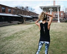 ~Entering the weekend vibes with our Ambassador @cguentz.gofit. ~ This #badass look includes @simplyworkout #befitandfierce tank + @strut_this cracked marbled leggings = limited quantities left for both // link in profile . . . . . . . . . . . #barre #barreaddict #barreandkombucha #barregirl #thebarre #barrebadass #barregirl #tiuteam #whole30 #bbg #poppilates #whole30 #simplyworkout #fiercegirl #fitgirlguide #fierce #fiercegirls #plankitout #runlikeagirl #pilatesgirl #fitgirl #stronggirl…