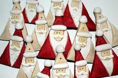 Hallo. =) Ohhhh, ich will euch was ganz süßes zeigen. Also ich finde sie total niedlich. Es sind Salzteig Weihnachtsmänner. Ich fand Sa...