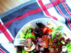 The best recipe with chicken liver: Salad with chicken liver with honey-rosemary dressing