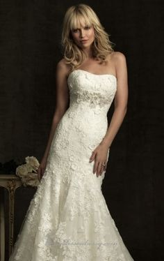 Ivory Floor-length Wedding Gowns With Lace