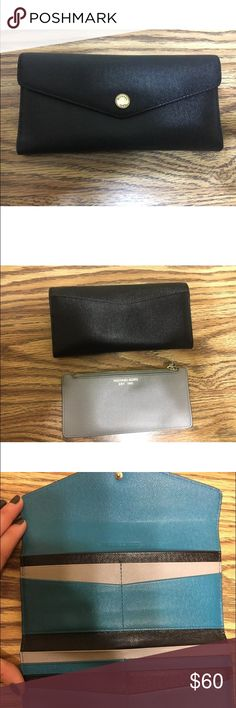 Michael Kors wallet Signs of wear . Scratches on the front closure button shown Michael Kors Bags Wallets