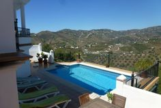 Superb and modern  three bedrooms detached villa with private pool and fantastics views  located between Nerja and Frigiliana, a quiet area ...