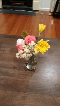 Blooming flowers Blooming Flowers, Glass Vase, Home Decor, Homemade Home Decor, Decoration Home, Interior Decorating