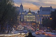 La plaza de Cibeles de Madrid, con Alcalá y Gran Vía al fondo
