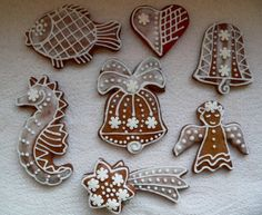 Perfect glaze to decorate the christmass gingerbreads Gingerbread Cookies, Christmas Cookies, Frosting, Icing, Czech Recipes, Powdered Sugar, Baking Soda, Cookie Cutters, Cocoa