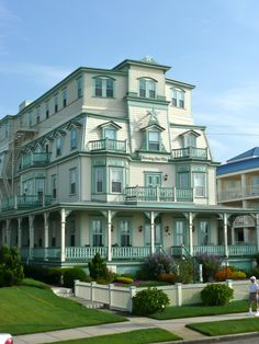 WOW!   Over 270 Different Victorian Homes http://pinterest.com/njestates/victorian-homes/ Morning Star - Cape May New Jersey.