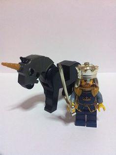Lego Kingdom Castle - King and Horse Lego Kingdoms, Lego Knights, Lego Toys, Lego Minifigure, Lego Movie, Castle, Horse, Clay, Clays