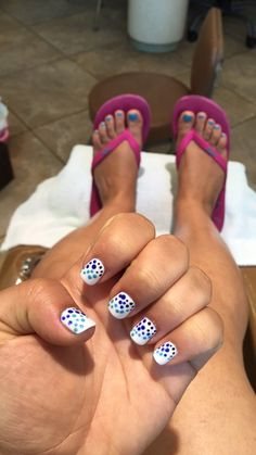 Grecian Inspired Nails before heading off to vacation on the Greek Islands. Shades of Blue on White Gel Nails. #greek #nails