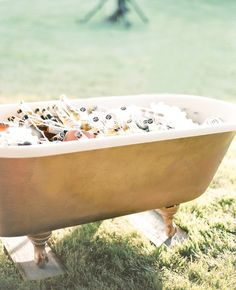 Old bathtub to hold drinks