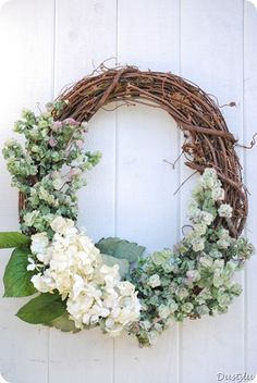 DIY wreaths - Google Search simple, inexpensive & yet elegant all the while