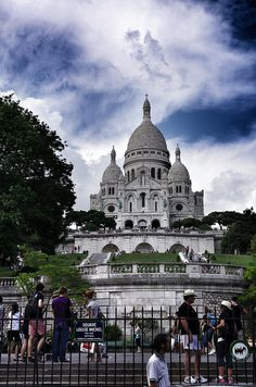 Montmartre Paris ~ Basicillica de Sacre Coeur. Beautiful village of artists, quaint shops and open-air restaurants.