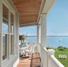 Sophisticated Coastal Cottage - Home Bunch - An Interior Design & Luxury Homes Blog