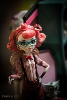 C.A. Cupid nerd look