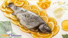Conquistarlo con le arance? Ebbene sì con un binomio davvero unico e naturalissimo..proprio a base di arance: una spruzzata del Succo di Fiori e Frutta, il concentrato di Succo d'Arance Mediterranee e di Acqua di Fiori d'Arancio di Ninfea Viso Formula Mediterraneo, per una pelle del viso fresca ed assolutamente tonica e poi .. Cenetta con trota salmonata all'arancia. A domani con il suggerimento per il tocco finale!!!