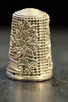 "Christmas 1982 1"" Sterling Silver Thimble 11"