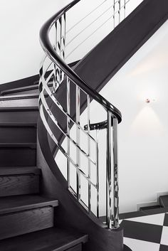 50 Amazing and Modern Staircase Ideas and Designs — RenoGuide - Australian Renovation Ideas and Inspiration Steel Railing Design, Staircase Railing Design, Modern Stair Railing, Staircase Handrail, Home Stairs Design, Modern Stairs, Staircase Ideas, Staircase Design Modern, Door Gate Design