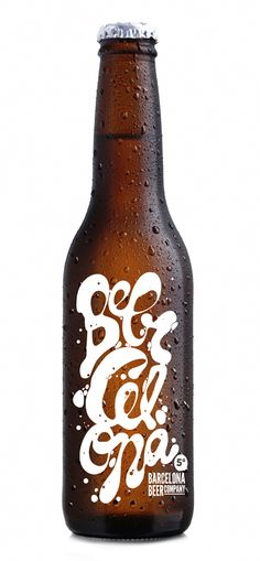 Estilo: American Pale Ale  Agua: Font del Regàs  Maltas: Pilsner, Vienna, Munich & Carapils  Lúpulos: Centennial, Willamette, Bramling Cross  Alcohol: 5°  IBUS: 25  Diseño: Alex Trochut www.alextrochut.com