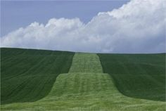 thursday - on the house - Basilicata Franco Fontana, 1985 Urban Landscape, Abstract Landscape, Color Photography, Landscape Photography, Rainbow Photography, Franco Fontana, Festival Photo, Weird Dreams, Countryside