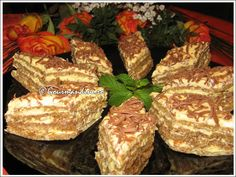 Prajitura Ileana - Retete Prajituri - Gastronomie online, retete culinare Gourmandine Romanian Desserts, Romanian Food, Cake Mixture, No Bake Cake, Cookie Recipes, Cupcake Cakes, Bakery, Sweet Treats, Good Food