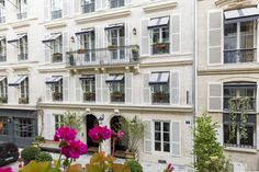 Situated on the first floor with elevator, this apartment consists of entrance, large living room, two bedrooms and study. Many original features rema Parisian Apartment, Paris Apartments, Apartments For Sale, French Interior Design, Paris Home, French Chateau, House 2, Window Treatments, Entrance