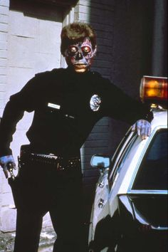 THE ACTIONEER - They Live (John Carpenter, 1988)