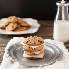 Best Chocolate Chip Cookies Paleo & Low Carb Version. Super tasty, grain free cookies with a sugar free version