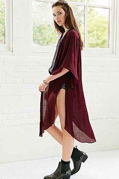 Ecote Jacquard Kimono I love the color. I love the length. I love that it is sheer.