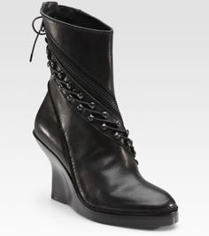 4005e89d6fa 24 Best Boot Inspiration images in 2018 | Bag accessories, Open toe ...