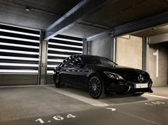 When your parking spot looks like in an advertisement!  #W205 #mercedesbenz #AMG #Cclass #black #nightpackage #star #19inch #design #magic #affalterbach #thebestornothing by der_landgraf