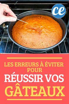 Pas assez cuit, cramé sur les bords, trop dur, trop sec…  Rater la cuisson d'un gâteau, c'est toujours la catastrophe !  Surtout quand on attend des invités.  Mais il faut le reconnaître : lorsqu'on se loupe sur un gâteau, c'est qu'il y a bien une raison.  Alors pourquoi un gâteau est-il raté ?  Voici le guide facile des 11 erreurs à éviter pour ne plus JAMAIS rater vos gâteaux. Plus Jamais, Scones, Dairy, Guide, Voici, Cheese, Cake, Recipes, Cooking Recipes