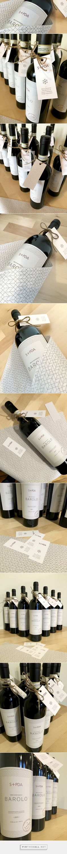 S+PDA Barolo Christmas Gift - Packaging of the World - Creative Package Design - http://www.packagingoftheworld.com/2016/03/spda-barolo-christmas-gift.html