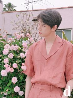 Find images and videos about kpop, idol and nct on We Heart It - the app to get lost in what you love. K Pop, Nct 127, Lucas Nct, Jeno Nct, Winwin, Rapper, Pre Debut, Nct Doyoung, Fandoms