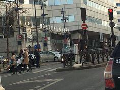 Montparnasselta ei kannattanut jatkaa Gare du Nordille, koska siellä olivat junat lakossa.