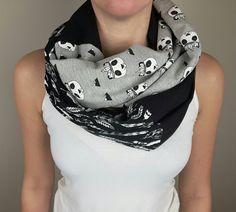 c2704087bf0 188 meilleures images du tableau Foulard infini  Infinity scarf ...