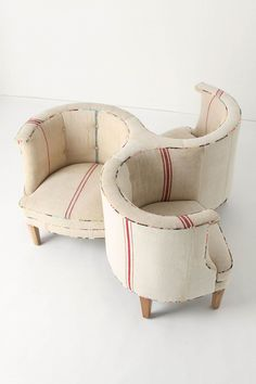 axel three seater Love the whirly twirly shape and rustic fabric