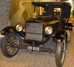 Model T Ford at The Dalles,Oregon.  Photography by David E. Nelson